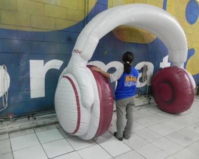 Réplica Inflável Bomber Speakers - Fone de Ouvido 2,50x2,70m