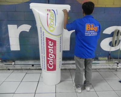 Réplica Inflável Colgate - Creme Dental - 1,70m