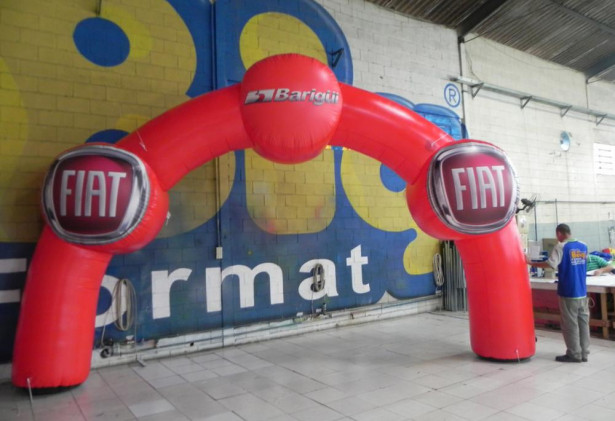Arco Inflável Fiat Barigui