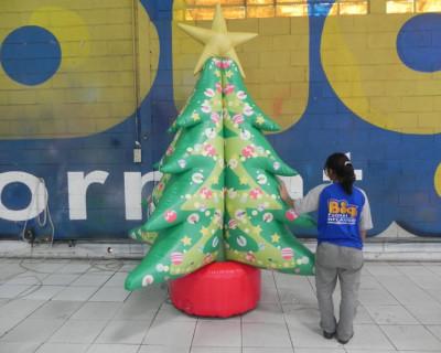Árvore de Natal inflável - Nova São Bernardo