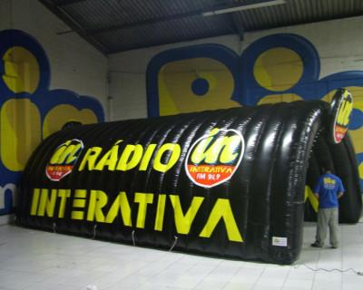 Túnel Inflável Rádio Interativa