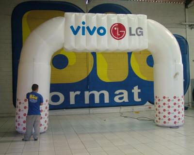 Portal / Pórtico Inflável Vivo LG