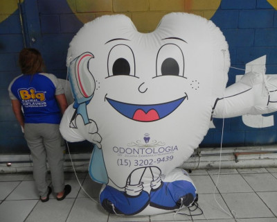 Mascote Inflável 2D Odontologia