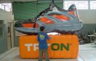 Mascote Inflável 3D Tênis Tryon Laranja - Foto 3