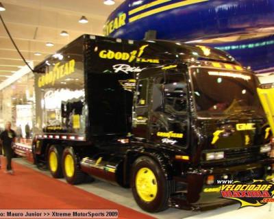 Inflável Promocional  Goodyear