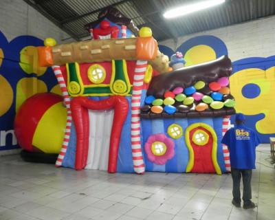 Casa do Patati - Cenário Inflável - 5,70x8,20x3,90m