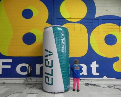 Réplica Inflável lata de Energético Elev